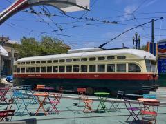 tramway historique à San Francisco, ligne F