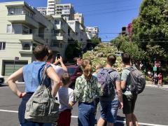 Photo : Lombard Street en famille, San Francisco visite en petit groupe et en français