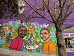 Photo : Fresque murale représentant une demande en marriage dans le Castro